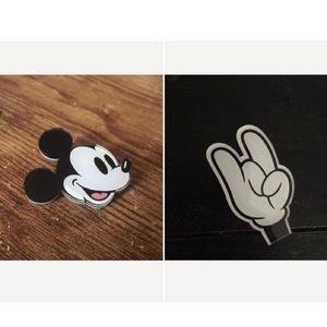 Accessories - New Mickey plastic pins